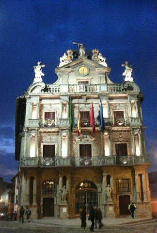 Pamplona-ayuntamiento-reducido